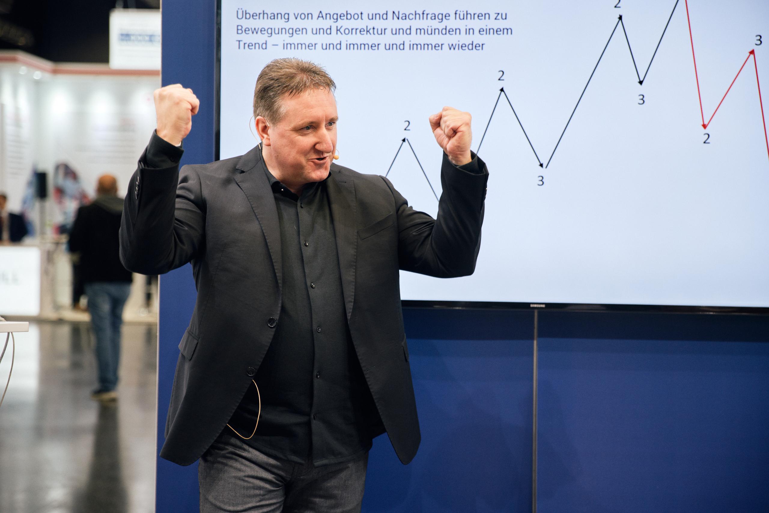 World-of-Trading-2019-Messe-Bericht-vom-Centre-Court-Kommentar-Jens-Chrzanowski-GodmodeTrader.de-3